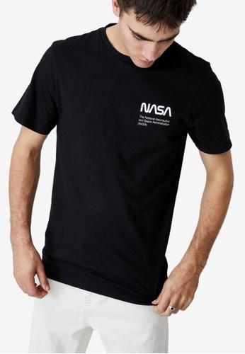 Cotton On black Tbar Collab Pop Culture T-Shirt 2DB65AAB38A49DGS_1