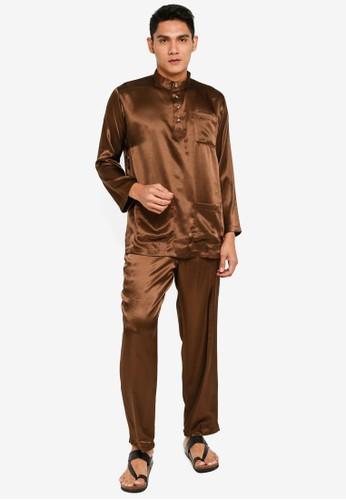 Gene Martino brown Tradisional Baju Melayu C1AB6AA1293F93GS_1