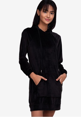 ZALORA BASICS black Lounge Velour Hoodie Dress 4154BAA866F1E8GS_1