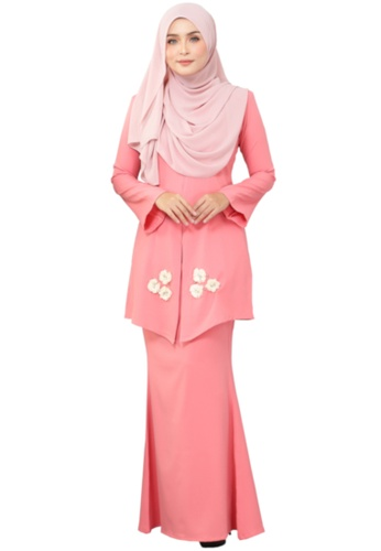 Kebaya Mawar (AEKM01 Pink Salmon) from ANNIS EXCLUSIVE in Pink