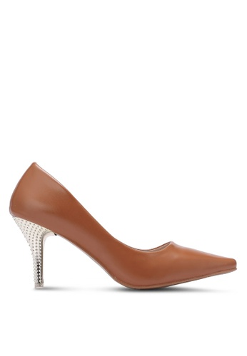 Spiffy brown Chromed & Studded High Heel Pumps SP352SH0S6E6MY_1