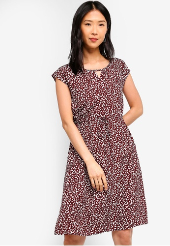 ZALORA BASICS red and multi Basic Drawstring Waist Midi Dress 85F83AAB2193AEGS_1