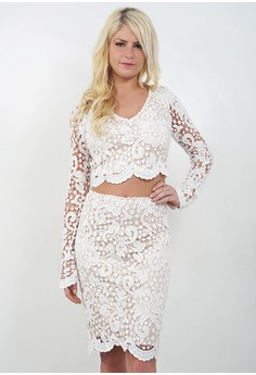 The Lily Lace 2-piece