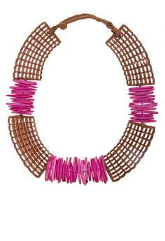Maricres Necklace With Coconut Shell Slices