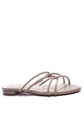 Twenty Eight Shoes 交叉幼帶涼鞋6848-3 00FC4SHF896F04GS_1