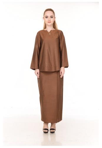 SET LAURA Kurung Kedah Dark Brown from Qaseh Sofea in Brown