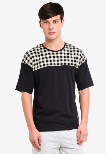 UniqTee black and beige Checkered Colourblock T-shirt 201B6AAD2C6202GS_1