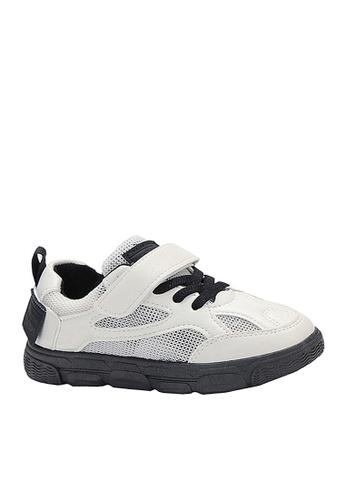 Twenty Eight Shoes 黑色 VANSA  舒適網布運動鞋 VSK-T18 3667BKSA431AA8GS_1