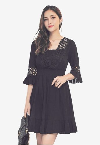 Yoco black V-Neck Swing Dress EAD70AA17D7FDFGS_1