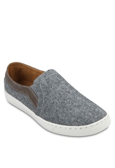 2 Tone Felt Slip On Sneakers