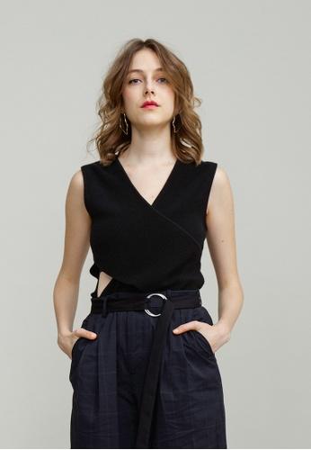 KLAPS 黑色 淨色前胸交叉褶疊針織上衣 FF688AA8258941GS_1