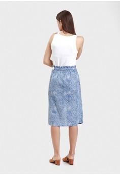 fd04bc0da8c983 50% OFF WARANGKA BATIK Wyn Wrap Skirt in Blue Rp 299.900 SEKARANG Rp  149.950 Ukuran One size