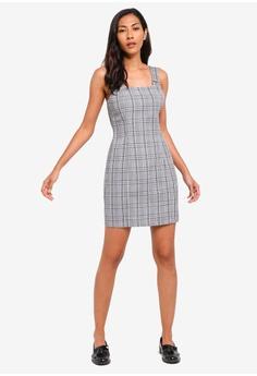 2d25ff10 33% OFF ZALORA BASICS Basic Pinafore Dress S$ 29.90 NOW S$ 19.90 Sizes XS S  M L XL