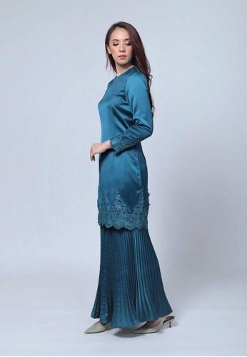 Emanuel Femme green and blue Femme Luxurious Lace Kurung AF7C6AA1847B06GS_1