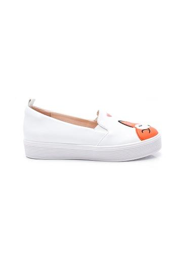 Elisa Litz white Sleeping Fox Sneakers (White) 2B829SH0159504GS_1