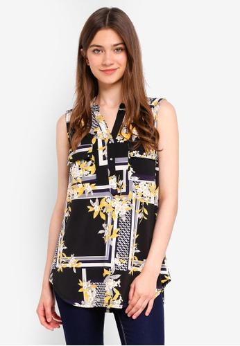 Wallis black Black Floral Sleeveless Shirt 99BBAAAEDFAA47GS_1