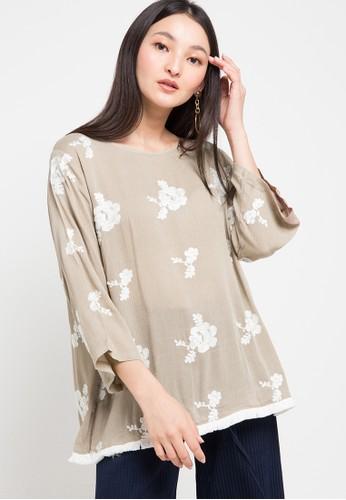 Chic Simple beige Tassel Hem Emb Crinkle Cotton Blouse 7779FAA8D47FB8GS_1