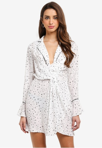 MISSGUIDED white Star Print Knot Front Shift Dress 4C104AA7EBE1C2GS_1