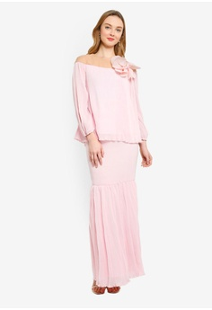 96c2e0d40b5 15% OFF Lubna Embellished Puff Sleeves Flare Kurung RM 265.00 NOW RM 224.90  Available in several sizes
