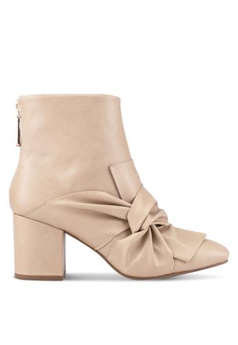ZALORA beige Bow Ankle Boots B63B1ZZBFF92A3GS_1