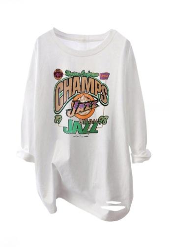 Twenty Eight Shoes white VANSA Printed Loose Long-sleeved T-Shirt VCW-Ts8202 2E29BAAE06783DGS_1