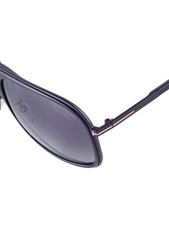 515b7f9a2caa Buy Tom Ford TOM FORD Chris Aviator Black Polarized Sunglasses TF462 Online