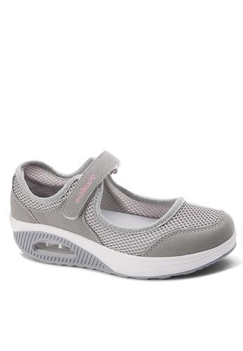 Twenty Eight Shoes grey Single Strap Mesh Rocking Shoes VC699 E00B0SH4E82D73GS_1