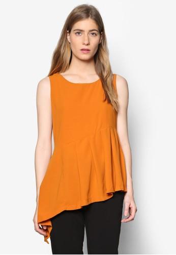 Agnes 褶飾斜下擺無袖T-shirt、 服飾、 上衣MeganeAgnes褶飾斜下擺無袖上衣最新折價