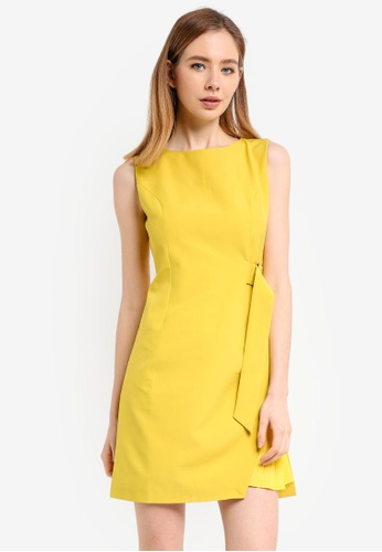 ZALORA yellow Dress With Pleats Panel 75664AAE7D7EE2GS_1