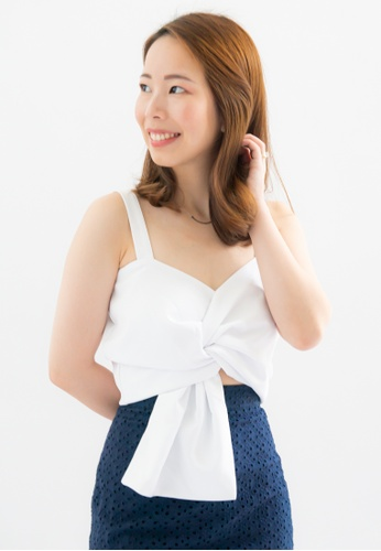 Love Knot white Anissa Knotted Crop Top (White) F0A52AA9D2C1B1GS_1