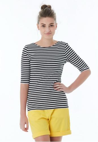 United Colors of Benetton black Striped T-shirt 6941DAADA40E33GS_1