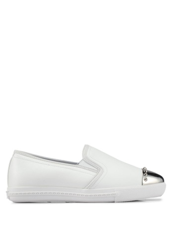 addicts anonymous white Isabelle Toe Cap Slip Ons AD479SH09MHEMY_1