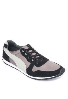 Jacob Sneakers