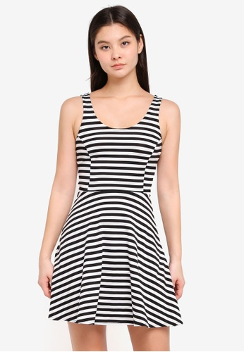 0757188f977 Dorothy Perkins black Petite Stripe Jersey Fit And Flare Dress  96762AA6D5107AGS_1