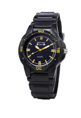 Greatvalueplus black Bryant Plastic Analog Mens Watch NYA1368 BBFD4AC50C152AGS_1