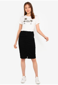 e1fdf9cee 11% OFF Dorothy Perkins Black Denim Mini Skirt S$ 56.90 NOW S$ 50.90  Available in several sizes