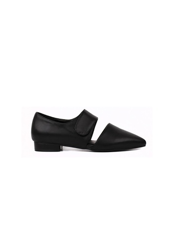 hk-ehunter black Women Pointed Velcro Shoes HK648SH49YECHK_1