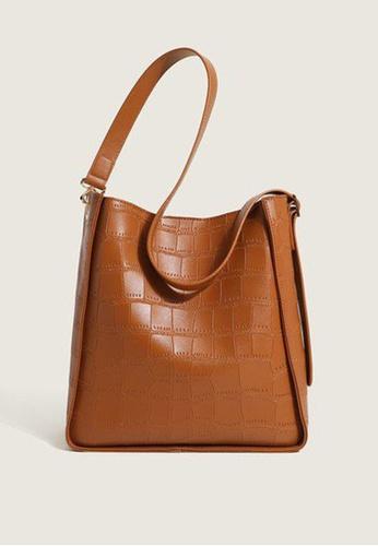 Lara brown Women's Plain Plaid Embossed Leather Shoulder Bag - Light Brown 83BB9AC5A1D77CGS_1