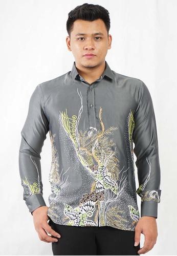 UA BOUTIQUE grey Long Sleeve Shirt Batik UABM01-061 (Grey) 6FC1AAA25058C1GS_1