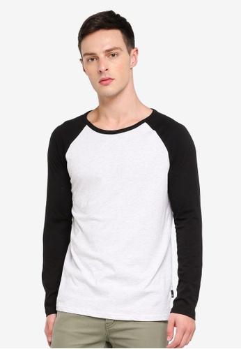 Burton Menswear London 黑色 Long Sleeve Black And Frost Raglan D00B6AA635F3CAGS_1