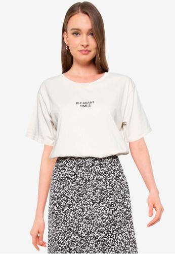 GLOBAL WORK beige Graphic T-Shirt DC5CDAAF8DE5AFGS_1