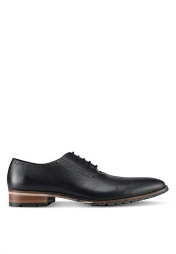 ZALORA black Calf Leather Lace Up Dress Shoes 6FAE1SH95C7E8EGS_1