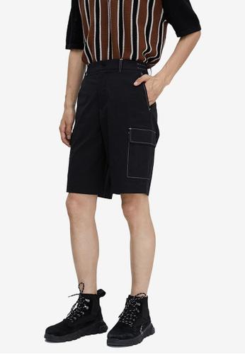 URBAN REVIVO black Trendy Casual Shorts 09FF5AAD35F7D2GS_1