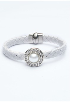 Pre-styled Woven 1-Snap Bracelet