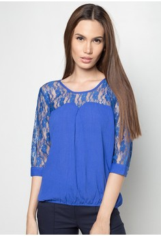 Blouse Quarter Sleeves