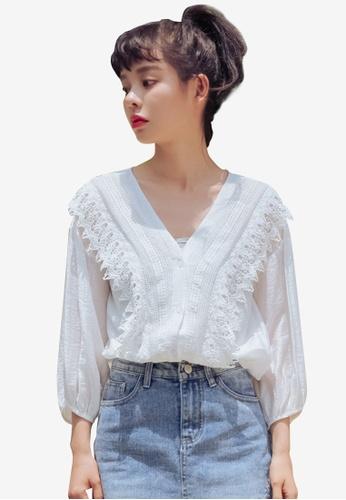 Shopsfashion white Lace Bordered Blouse F901FAA017E8B7GS_1