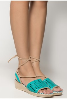 Daisy Wrap-Around Wedges