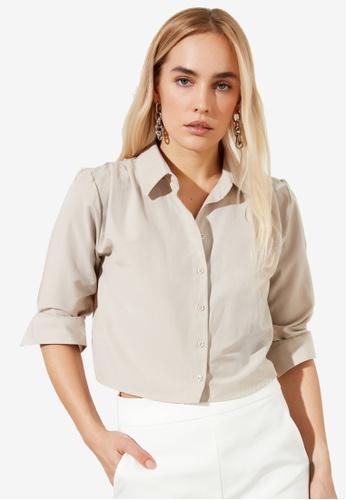 Trendyol beige Ruched Shoulder Detail Crop Shirt 1D6B8AAE1487CDGS_1