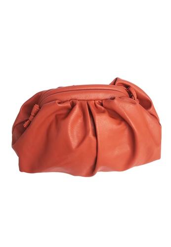 TEERA BELLESA orange Maxi Pop Clutch in Orange D19B9AC5FD87A5GS_1