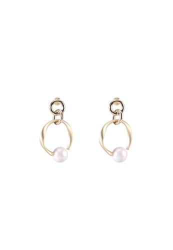 Red's Revenge white Swinging Pearl Link Dangle Earrings 8126FAC6546DD9GS_1